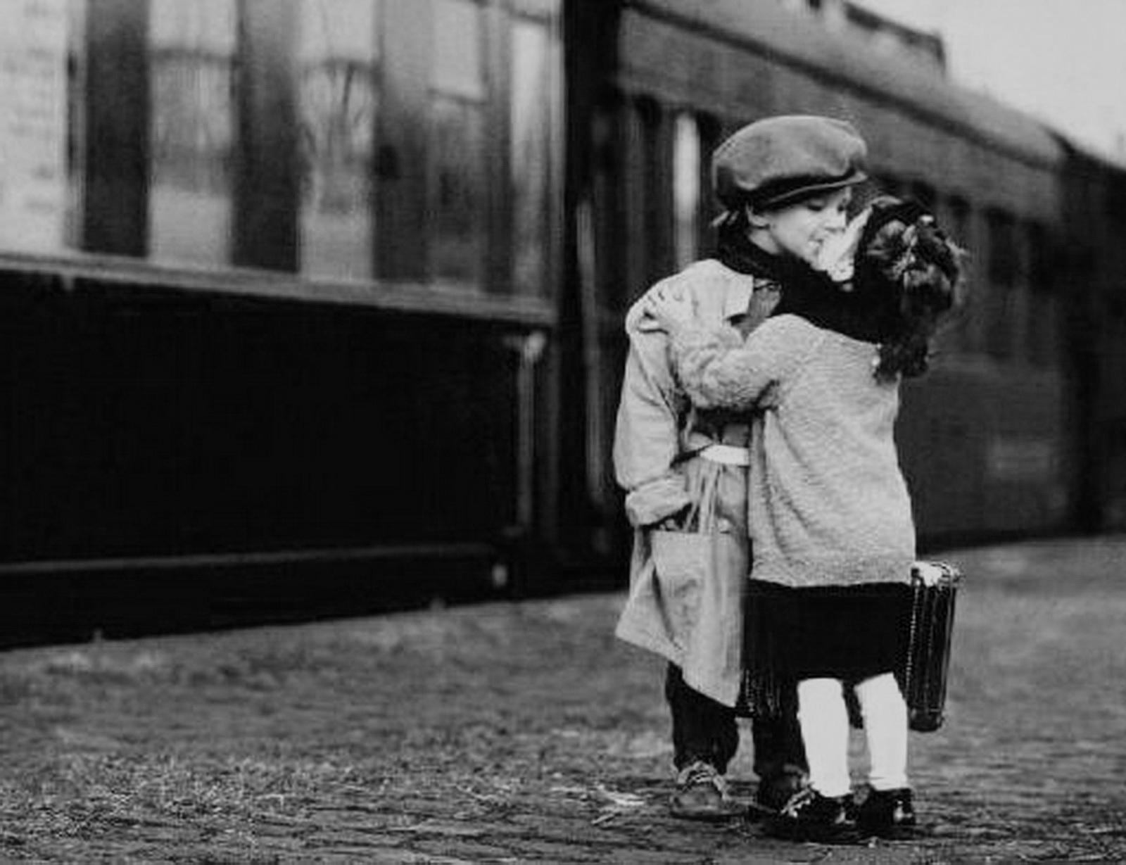 Сонн уезжающая сестра в поезде 15 фотография