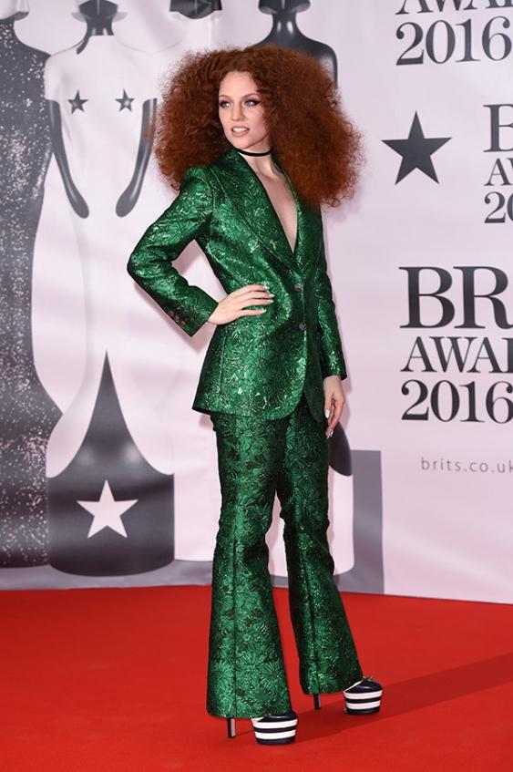 orig b02cd4c54336a14fe01e996811d759e8 - Худшие наряды звезд на премии BRIT Awards-2016.