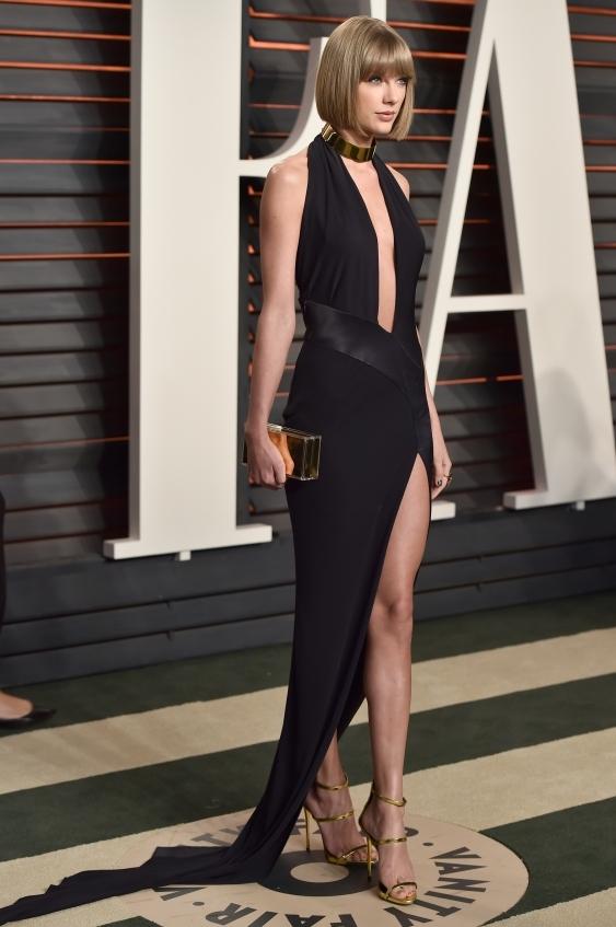 orig 438eda7e941b5cd3f50d08ec10a40a82 - Лучшие наряды знаменитостей на afterparty Vanity Fair после кинопремии Оскар.