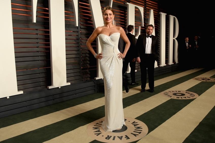 orig c89db637339826d60930609ef463ed42 - Лучшие наряды знаменитостей на afterparty Vanity Fair после кинопремии Оскар.