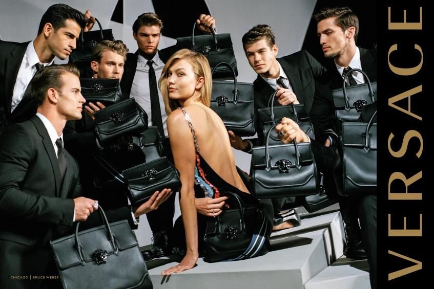 orig 6d14e443650ad332bafada44fa56b7f3 - Модели Джиджи Хадид и Карли Клосс стали мамами в новой рекламной кампании Versace.