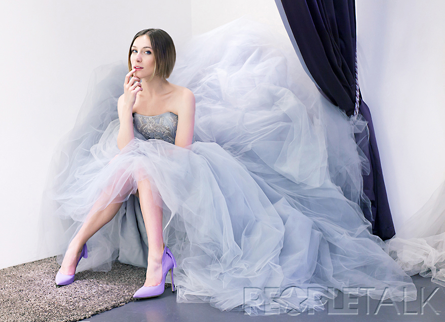 Выбирали свадебное платье с женихом