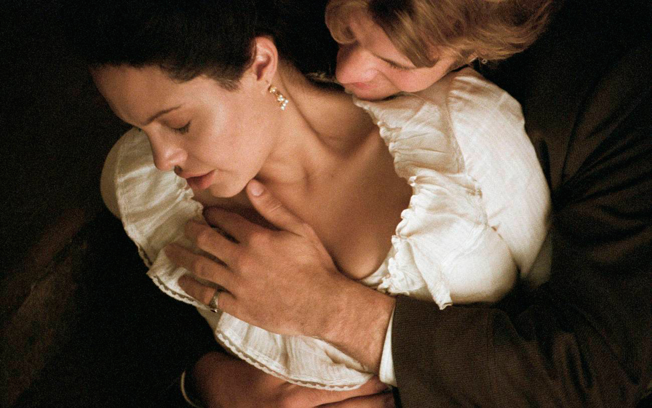 Анджелина джоли занимается сексом фото