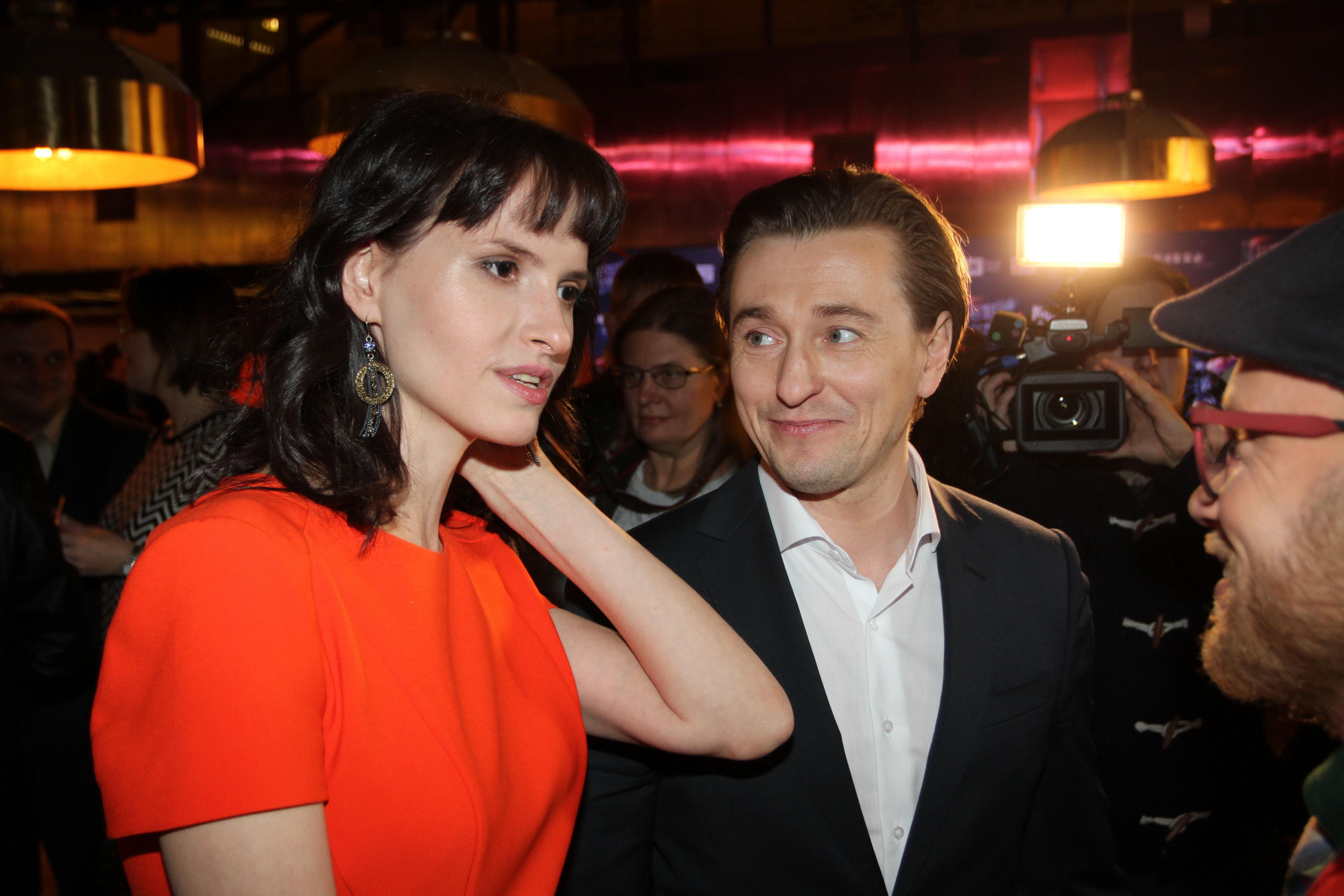 Сергей Безруков иАнна Матисон провели пресс-конференцию