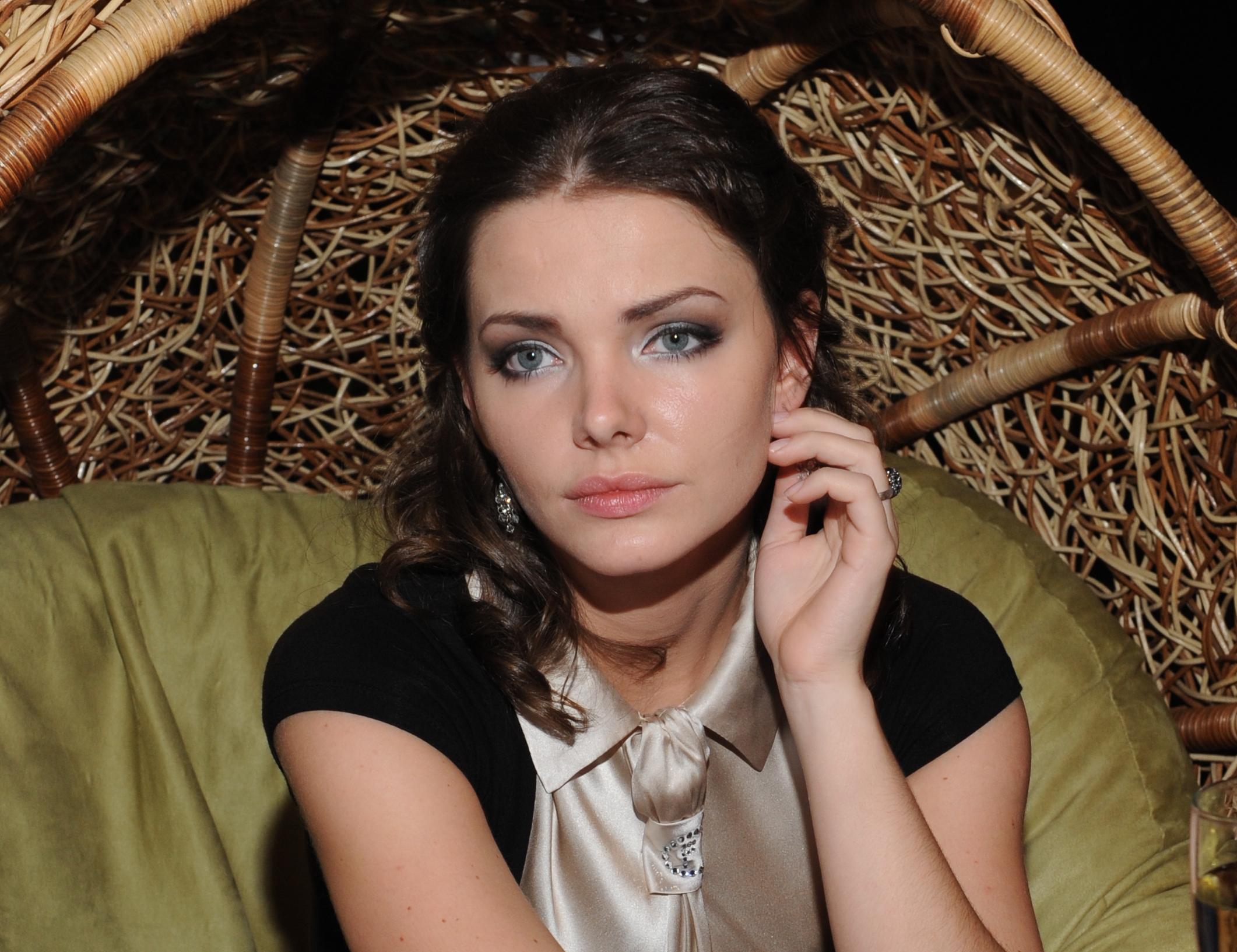 Елизавета Боярская предпочитает сниматься голышом. Фото и видео бесплатно