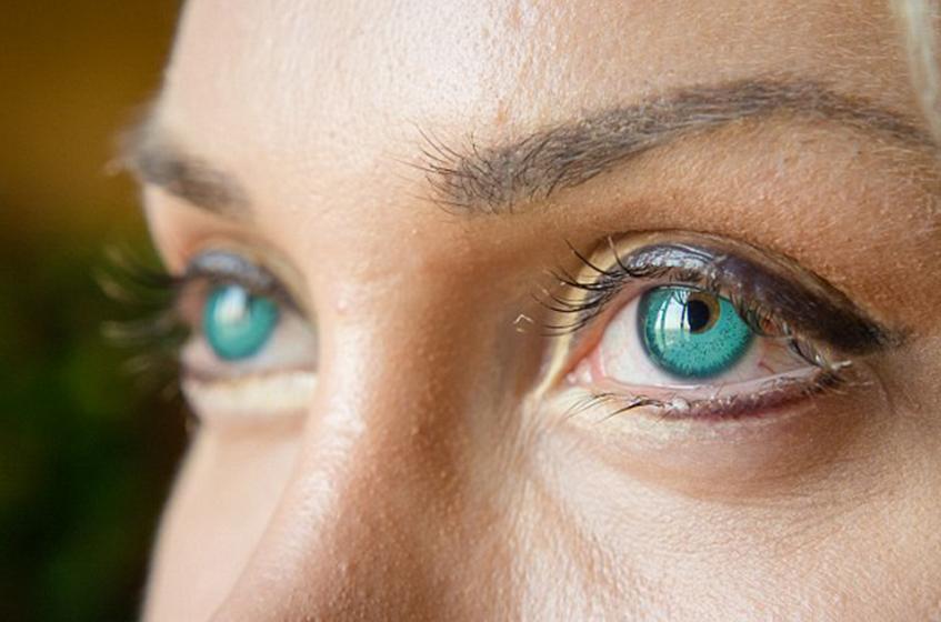 Имплантанты глаз