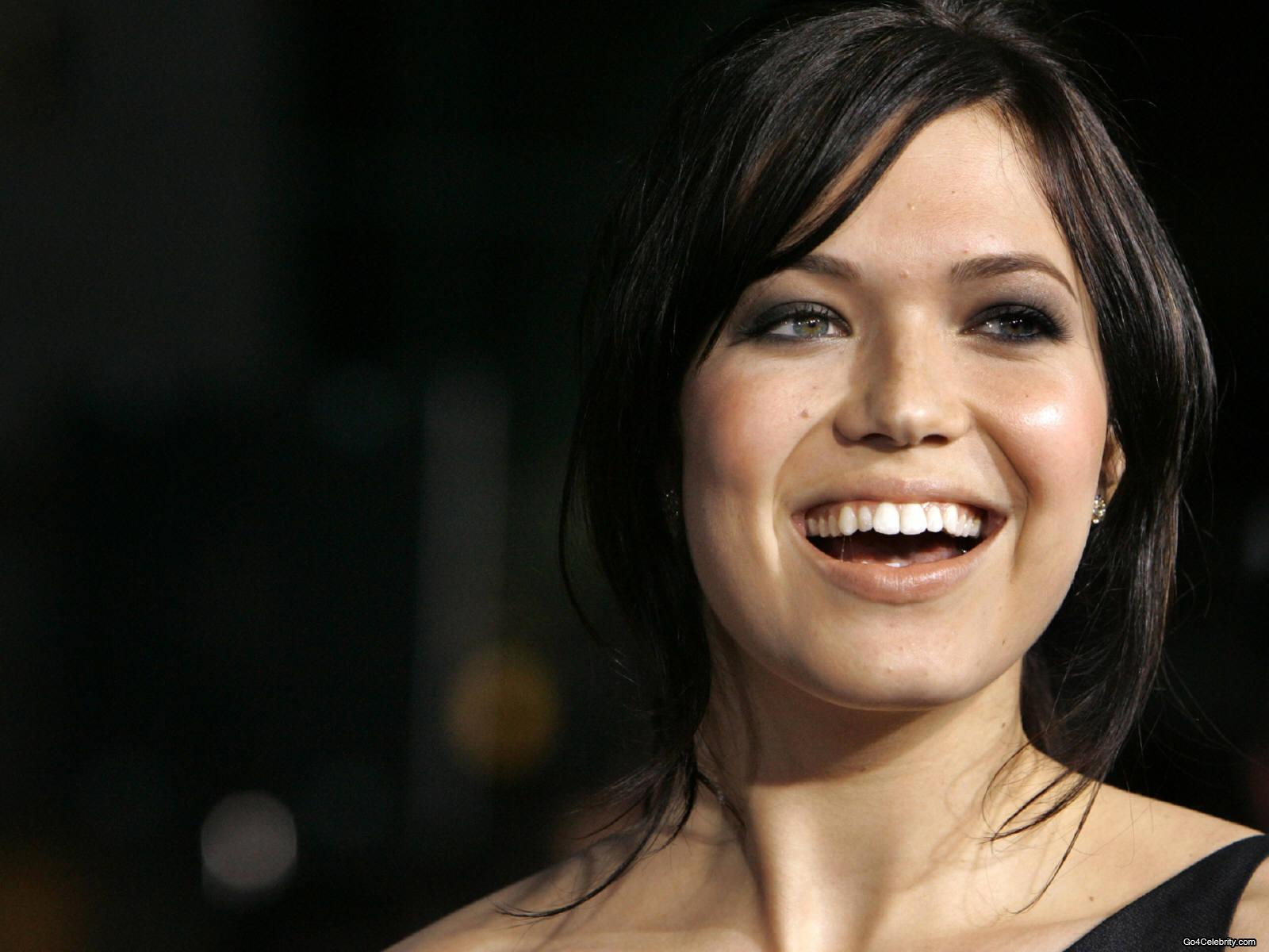 mandy moore cry