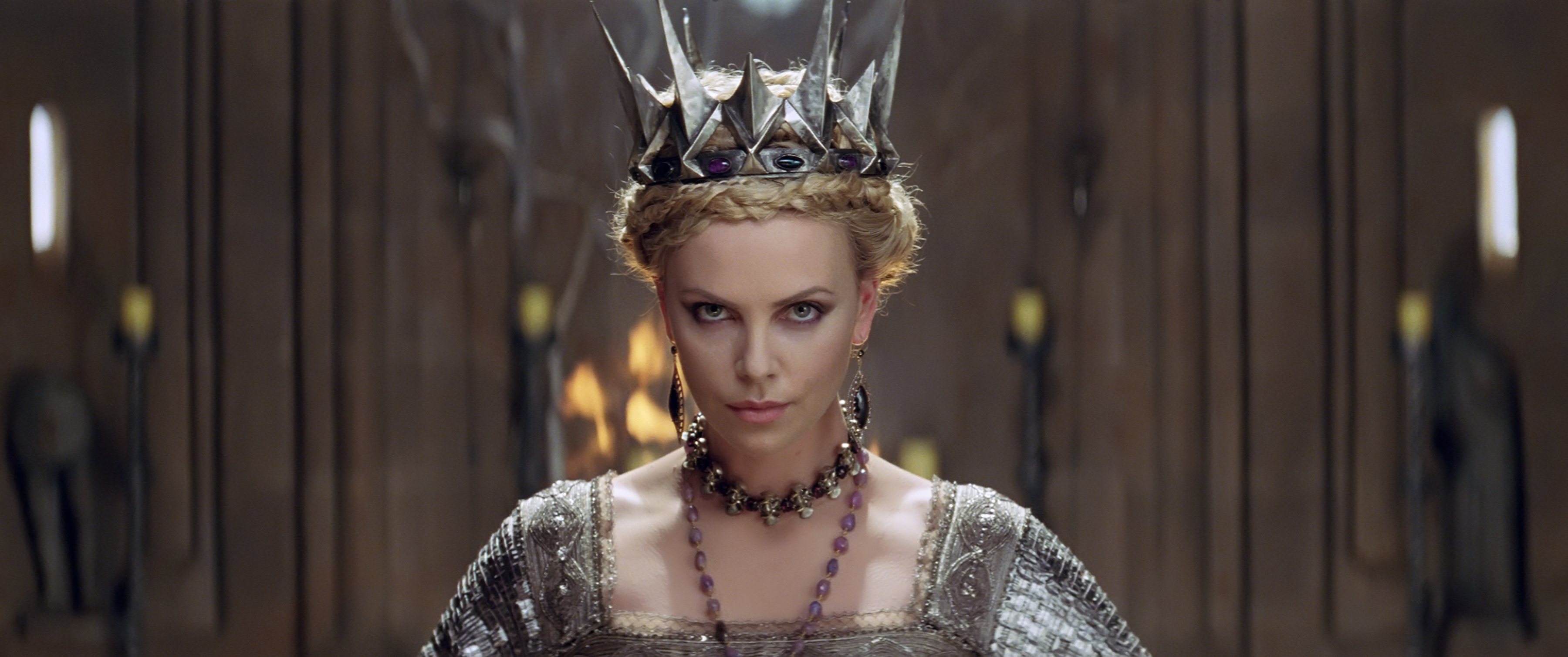 SNOW WHITE AND THE HUNTSMAN знаки