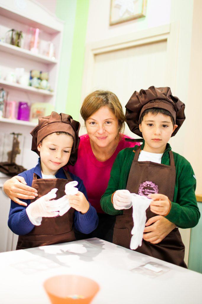Анна Банщикова с сыновьями Михаилом и Александром
