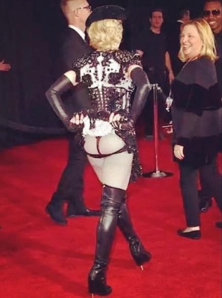 Для Мадонны (57) обычное дело демонстрировать самые выдающиеся части тела