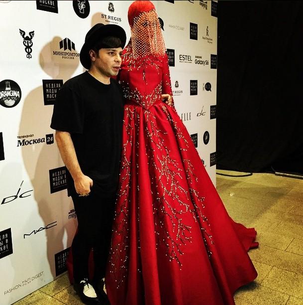 Александр Арутюнов представил коллекцию невероятной красоты в рамках Недели моды в Москве.