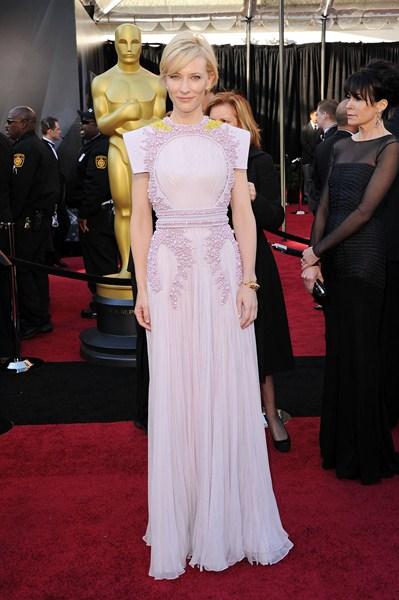 Актриса Кейт Бланшетт (45)  в платье Givenchy. 2011 год.