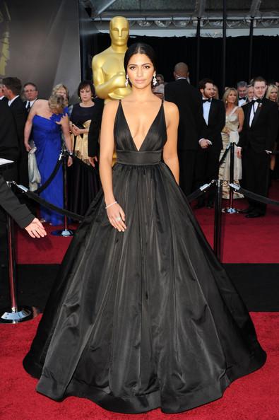 Модель Камила Алвес (33) в платье Kaufman franco. 2011 год.