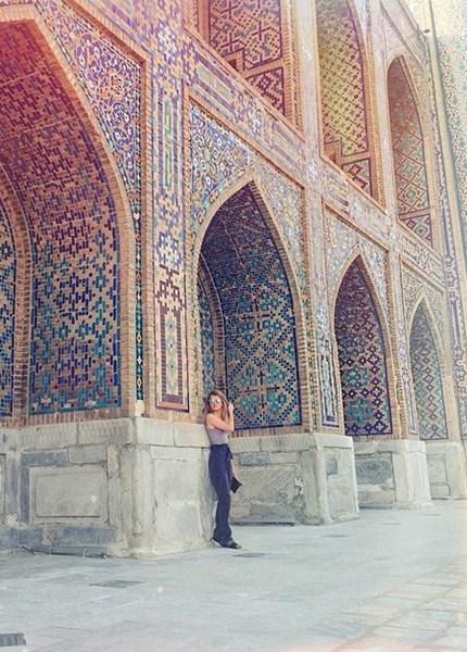 Мария Ивакова устроила шопинг в Узбекистане.