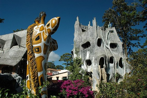 Hang Nga Guesthouse или Сумасшедший Дом (Вьетнам).