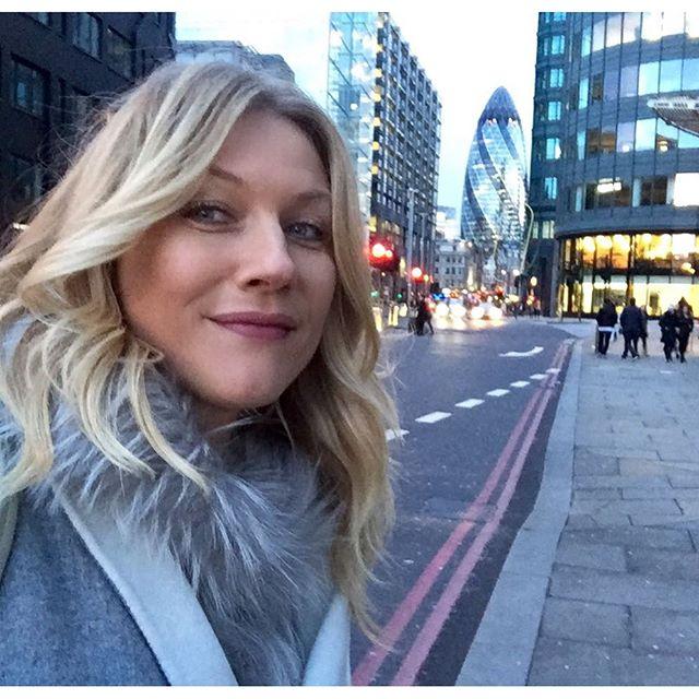 Наташа Стефаненко делала селфи в Лондоне.