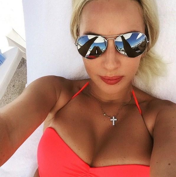 Лера Кудрявцева отдыхает в Америке.