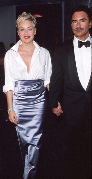 Актриса Шэрон Стоун (56)  в платье  Vera Wang. 1998 год.