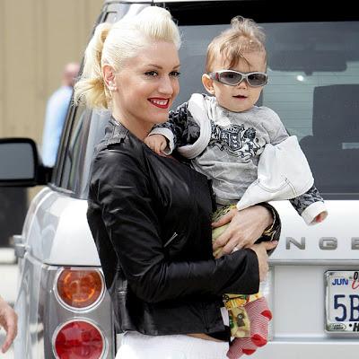 Еще в младенчестве Кингстон был такой же стильный, как и его мама.