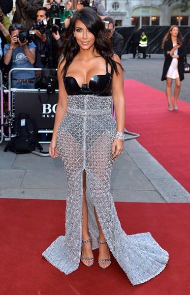 Телезвезда Ким Кардашьян (34), 159 см