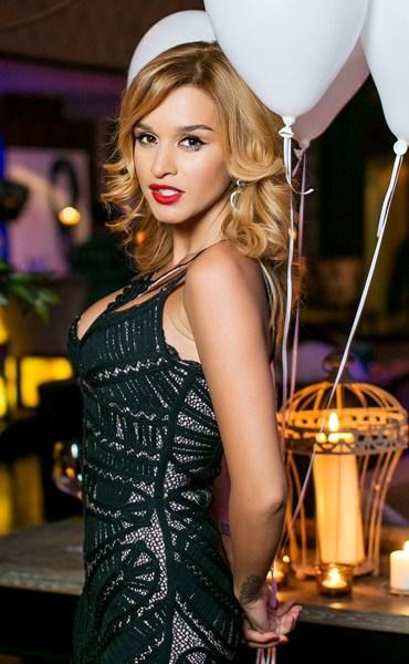 Российская телеведущая Ксения Бородина, 32