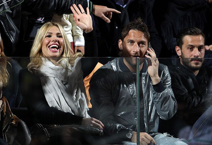 Актриса и фотомодель Илари Блази (33), жена нападающего футбольного клуба Roma (38) Франческо Тотти.