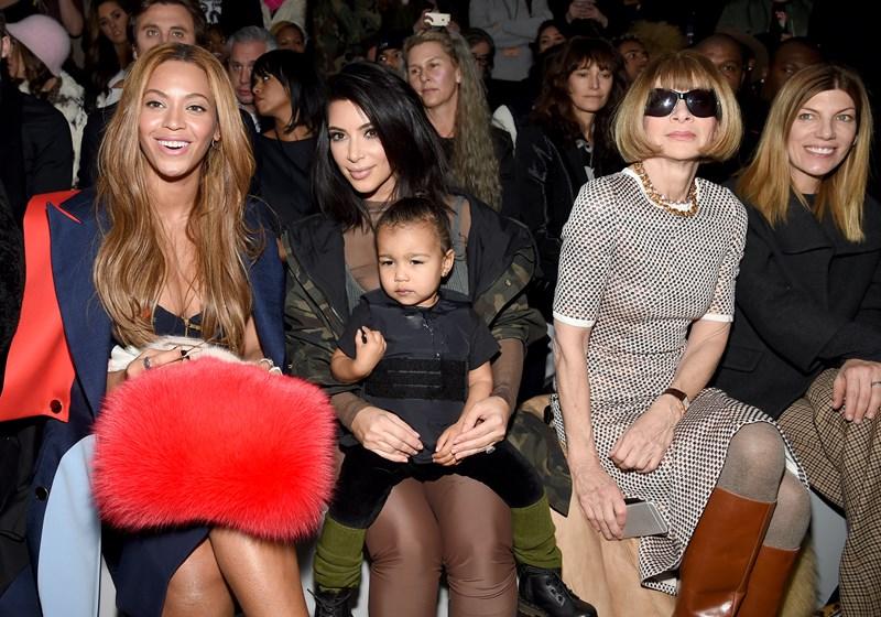 Бейонсе, Ким Кардашьян с дочерью Норт и Анна Винтур