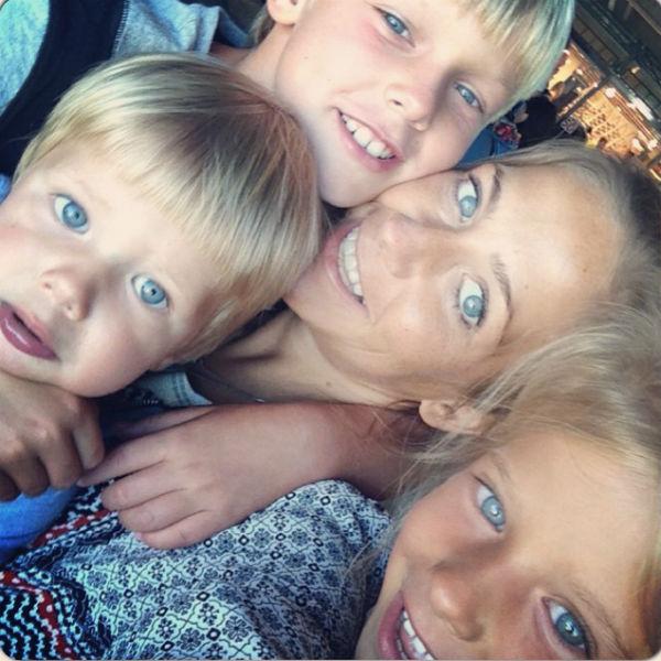 Юлия Барановская (30), Артем, Яна и Арсений