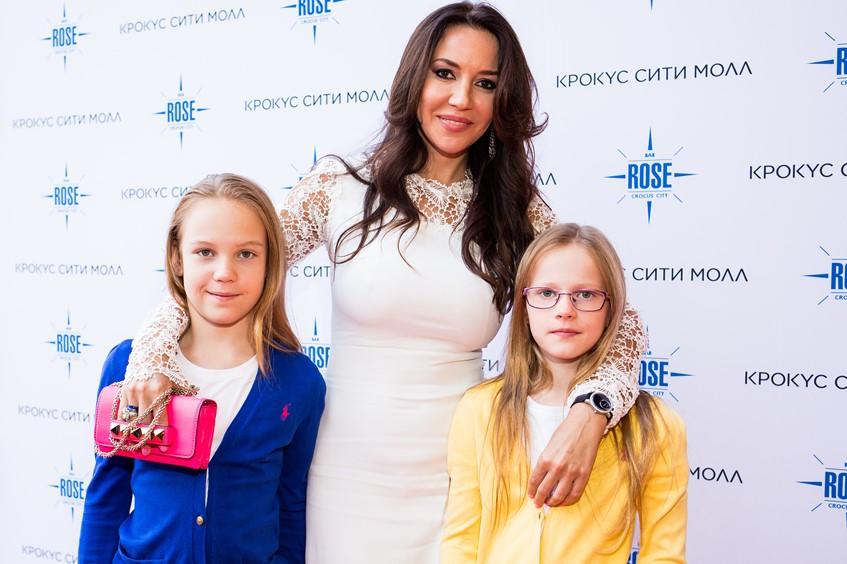 Ирина Чайковская с детьми
