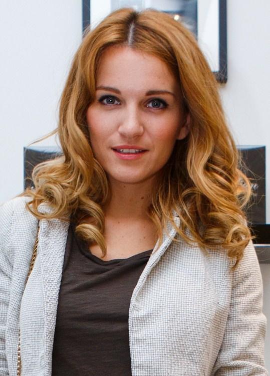 Женя Малахова