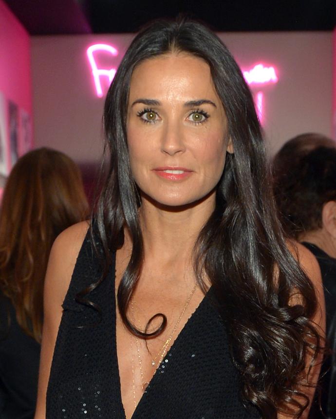 Актриса Деми Мур (52)