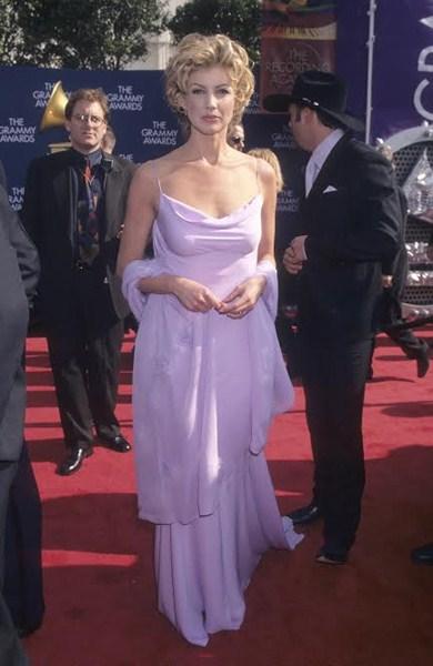 Певица Фэйт Хилл (47) 1999 год.