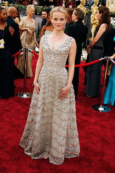 Актриса Риз Уизерспун (38) в винтажном платье Christian Dior. 2006 год.