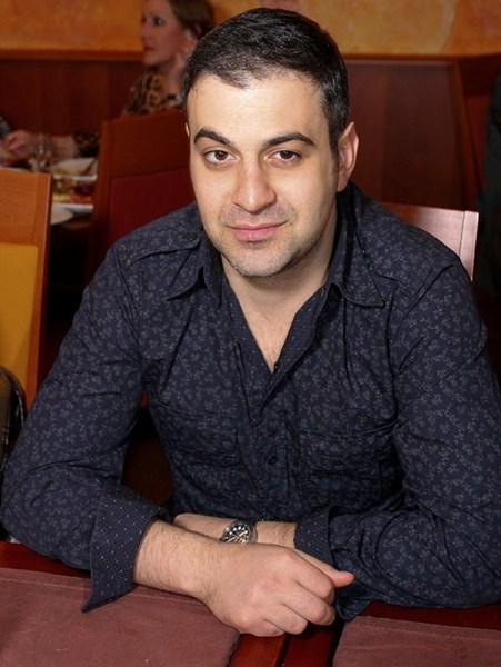 Шоумен, художественный руководитель и «резидент» шоу Comedy Club Гарик Мартиросян, 41