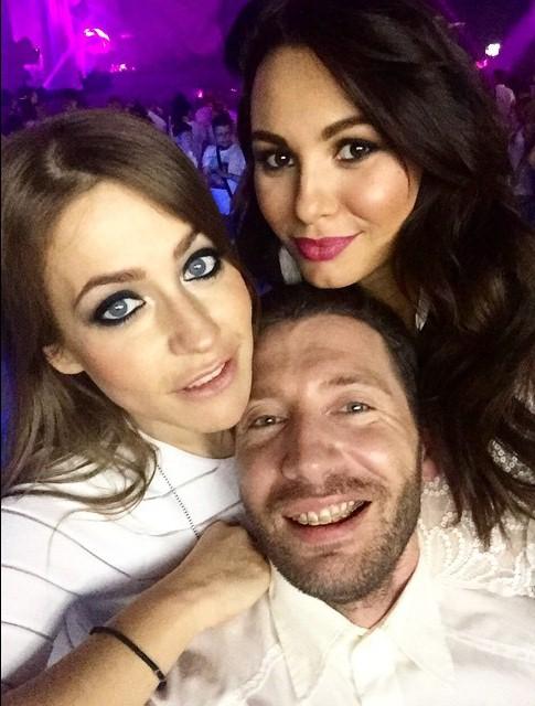 Инна Жиркова отрывалась на вечеринке Sensation в компании с Юлией Барановской и Юрой Столяровым.