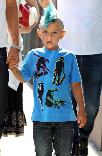 Сделать синий ирокез в шесть лет может себе позволить только сын Гвен Стефани.