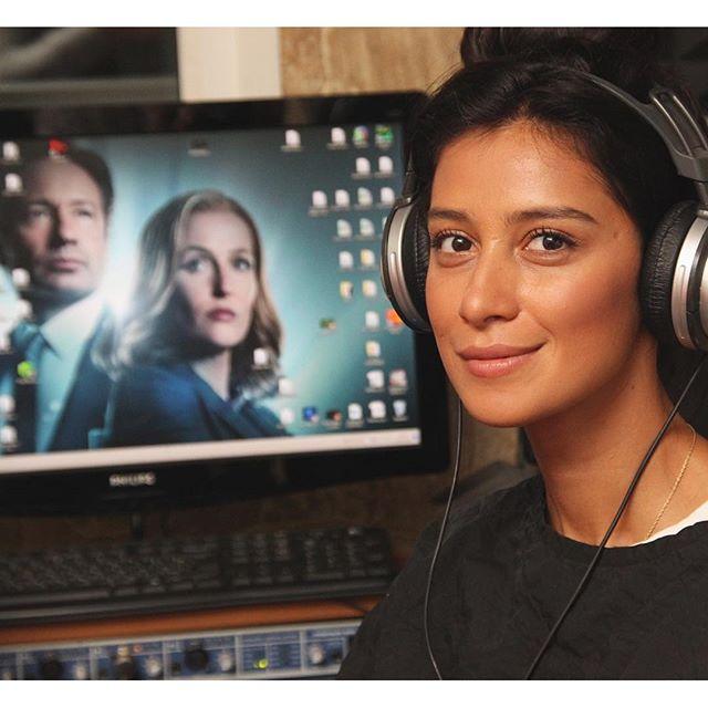Пока мы отдыхали, Равшана Куркова работала. Актриса озвучивала одного из героев нового сезона X-files.