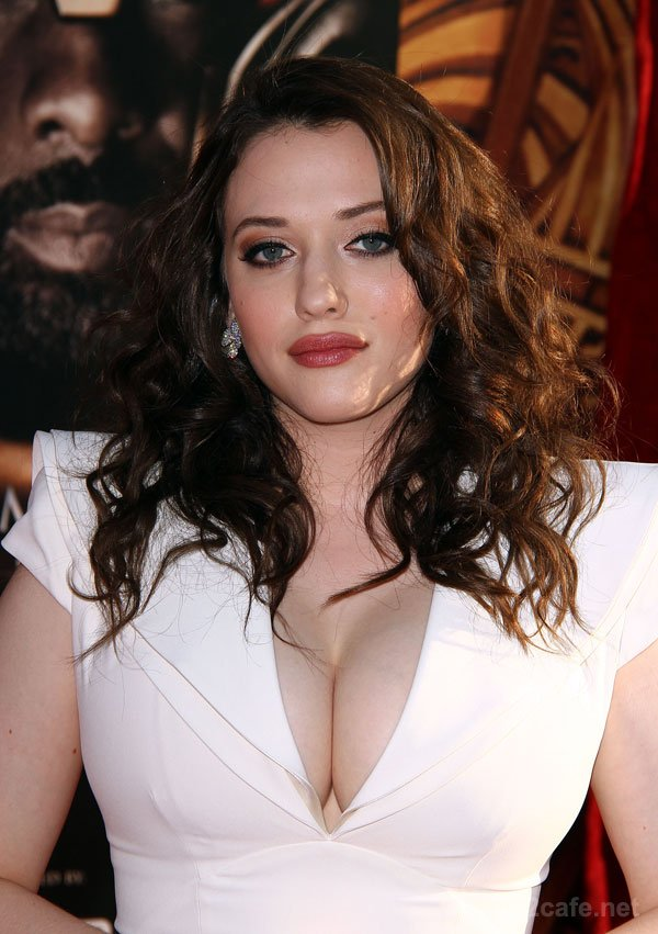 Актриса Кэт Деннингс, 28