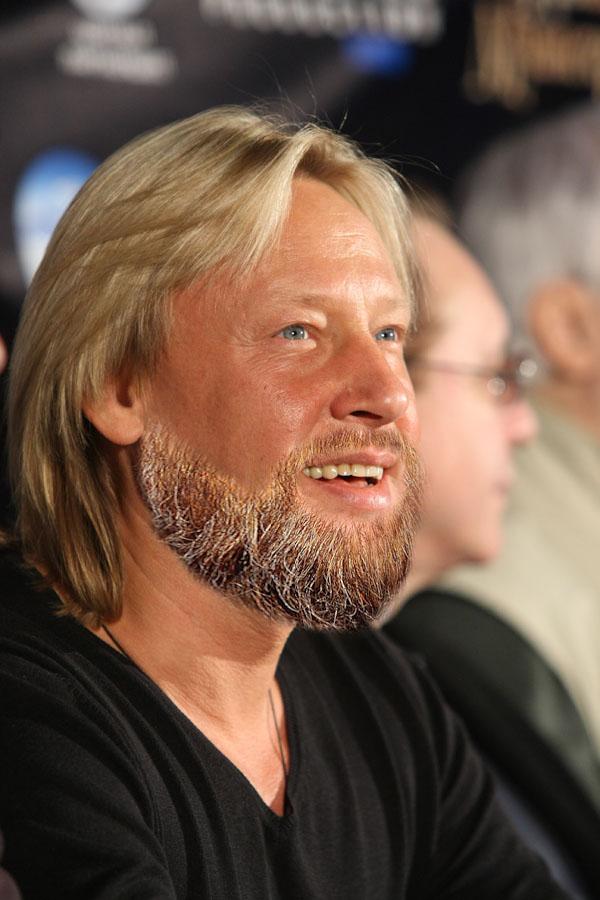 Дмитрий Харатьян (55)