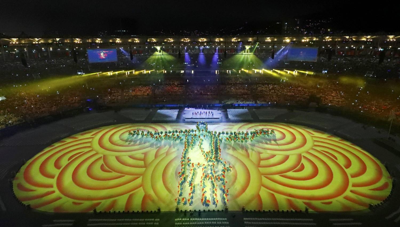 2016-08-21T230908Z_65436921_RIOEC8L1SB6G1_RTRMADP_3_OLYMPICS-RIO-CLOSING-pic4_zoom-1500x1500-80862