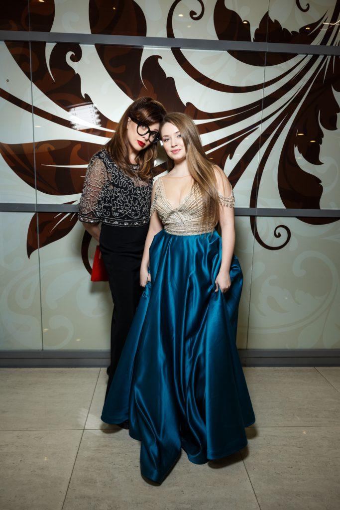 Ольга Дроздова и Елена Деркач в платьях Tarik Ediz