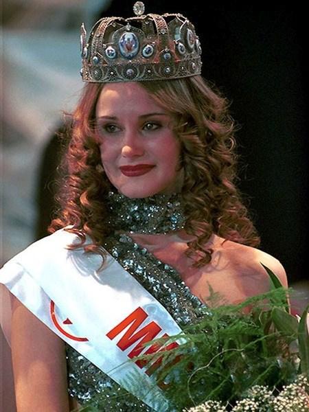 Анна Круглова, 1999 - 2000 год