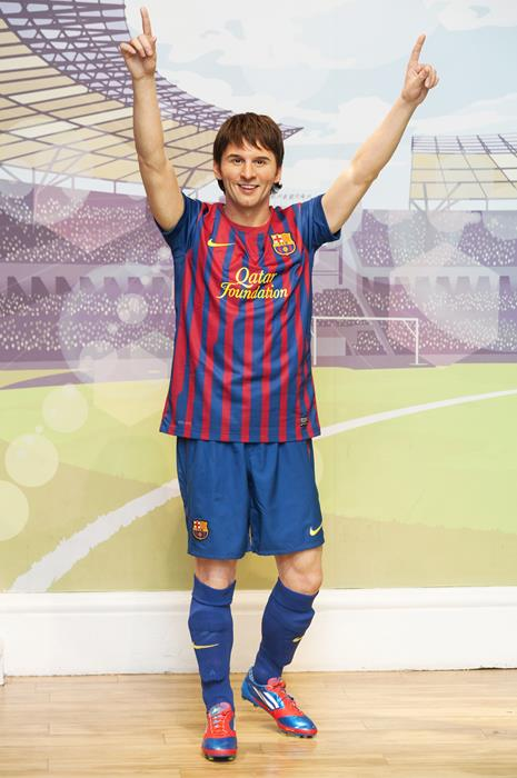 Лионель Месси (27), нападающий испанского футбольного клуба Barcelona