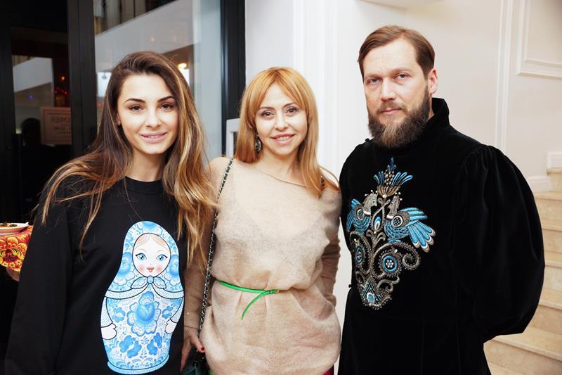Яна Величко, Мария Ласкала и Петр Аксенов