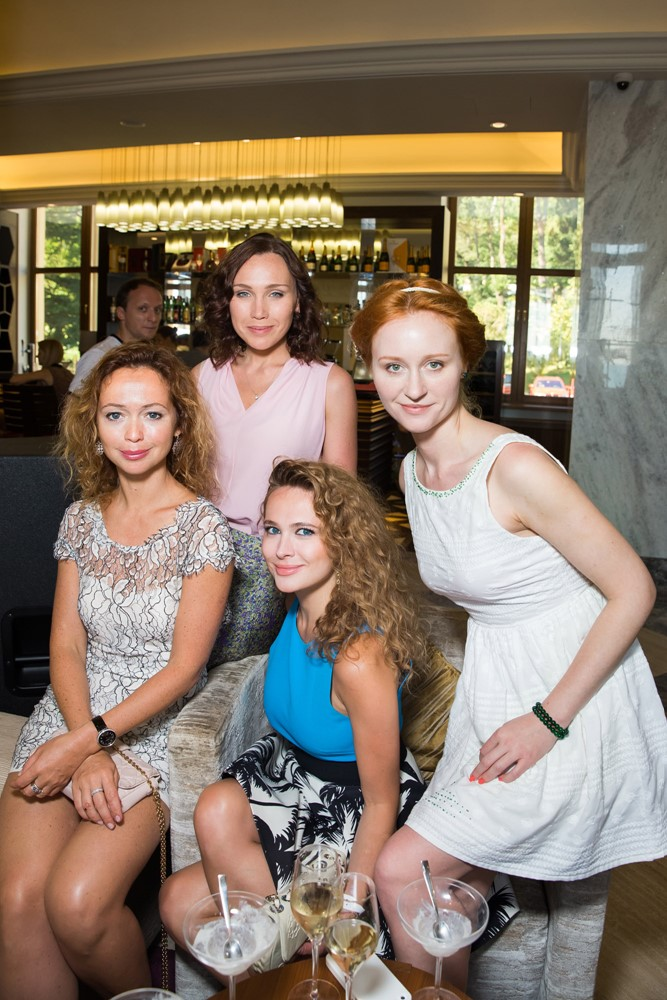 Елена Захарова, Анна Горшкова,Нина Курпякова и Дарья Екамасова