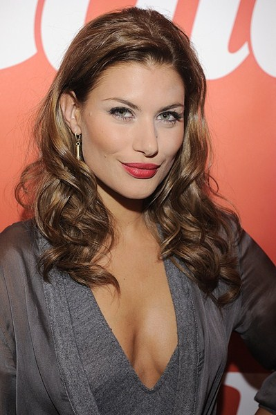 Актриса Александра Кисио, 32