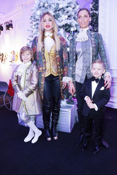 Татьяна Мельникова и Ксения Якубовская с детьми