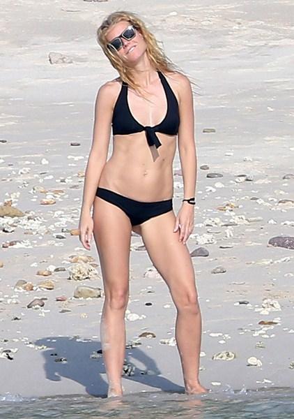 Актриса Гвинет Пэлтроу, 42