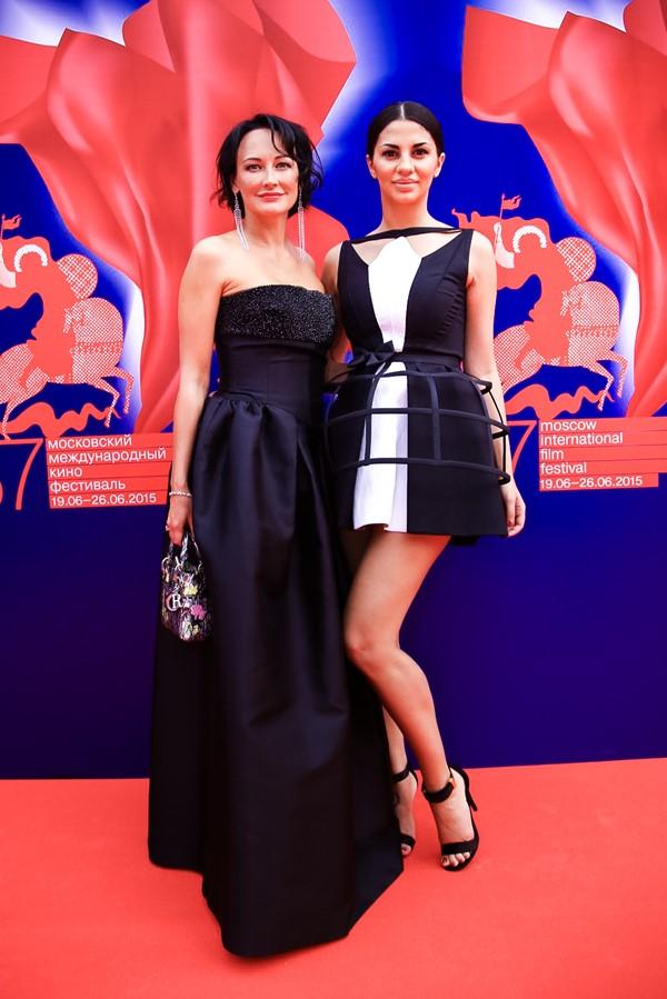 Ольга Новожилова и Виктория Десятникова
