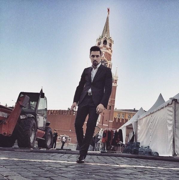 Дима Билан провел День России на Красной площади.